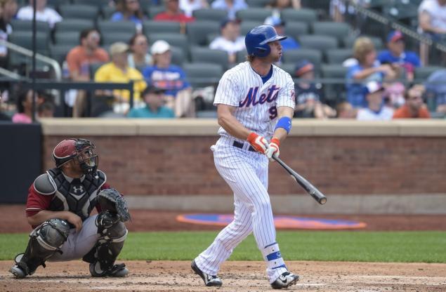 Kirk Nieuwenhuis hizo historia con los Mets. /// Foto tomada de nydailynews.com