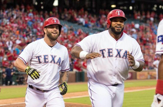 Los Rangers humillaron a los Astros y les llevan 1.5 juegos de ventaja. /// Foto tomada de nolanwritin.com